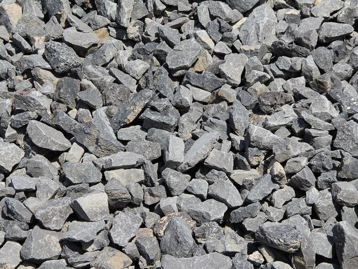 gravel and crushed stone of difference