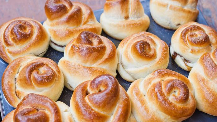 delicious buns with cottage cheese